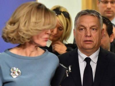 Orbán letette a fegyvert. És a Néppárt is