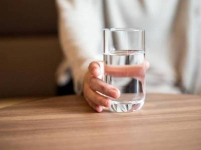 Dietetikus szerint három liter folyadékra van szüksége naponta