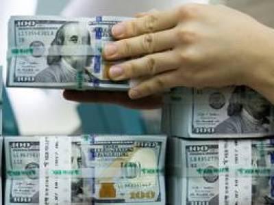 2023-ra lenullázná a kormány az ország devizaadósságát
