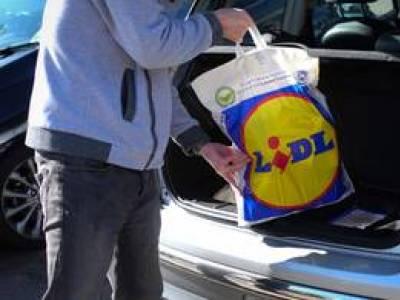210 tonnával csökkenti a műanyag-felhasználását a Lidl